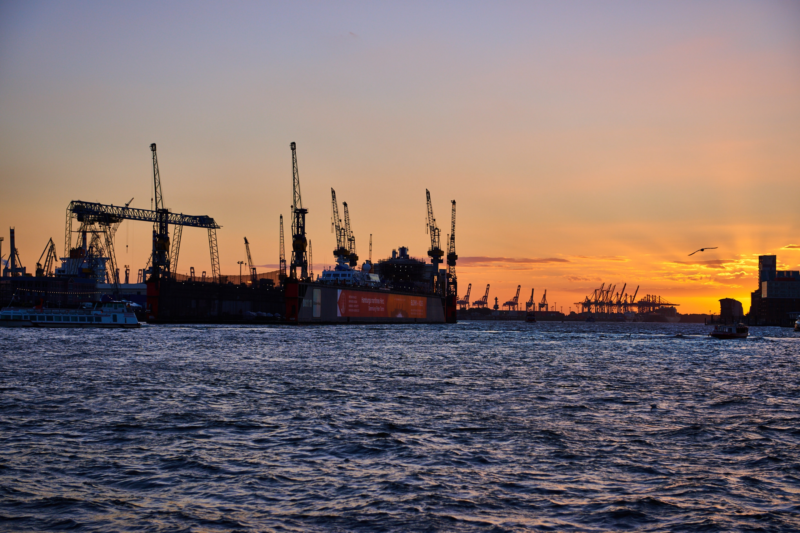 Hamburg-Hafen-Sunset